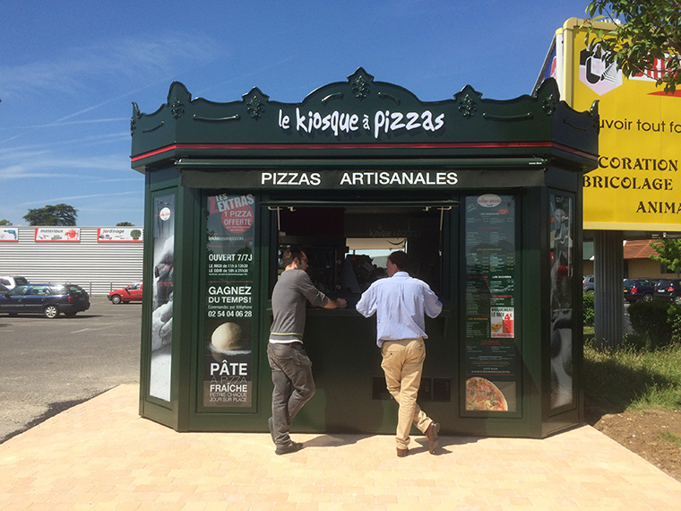 le kiosque pizzas issoudun pizza emporter commande pizzas franchise pizza. Black Bedroom Furniture Sets. Home Design Ideas